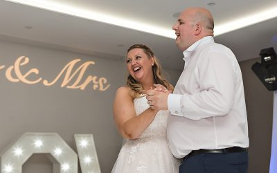Cheshunt Marriott Wedding Photography | Kay & Dave at the Marriott Hotel