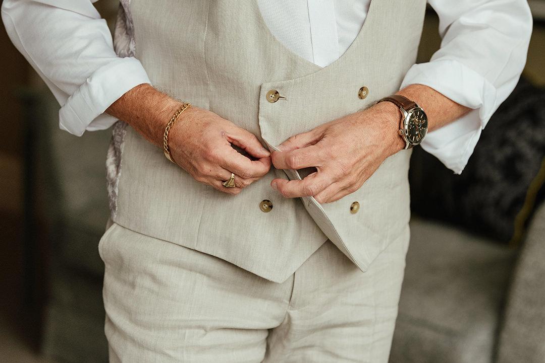 Groom Buttoning Cream Wasitcoat