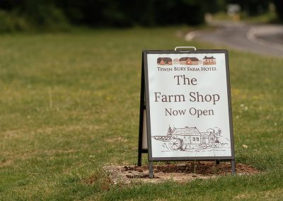 Now Open Sign The Farm Shop at Tewin Bury Farm