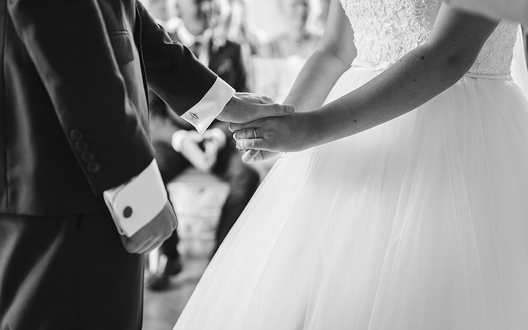 10 Crucial Questions To Ask Wedding A Photographer Before Booking